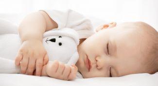 Почему нарушается сон у грудного ребенка