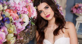 Как правильно делать летний макияж, способный выдержать любую жару