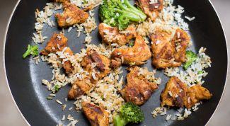 Какие преимущества и недостатки у сковороды с антипригарным покрытием