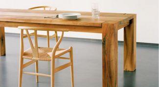 Обеденные столы из дерева: аспекты выбора