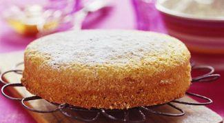 Как испечь пирог с грушами и изюмом