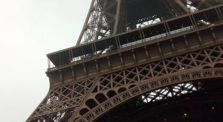 Как попасть на Эйфелеву башню: советы туристам