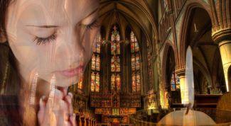 Можно ли во время месячных ходить в церковь