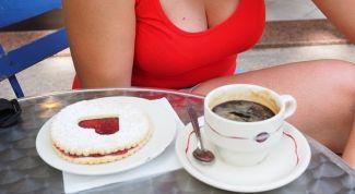 Правда ли, что размер женской груди зависит от кофе