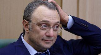 Сенатору Керимову согласились отдать банк «Возрождение»