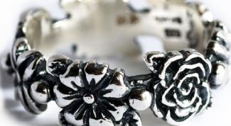 Как почистить серебро, не прибегая к специальным средствам