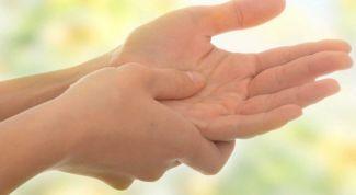 Почему немеют пальцы