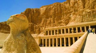 Город мертвых: описание, история, экскурсии, точный адрес