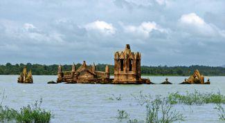 Затопленный город Молога: описание, история, экскурсии, точный адрес