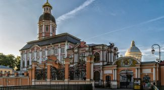 Свято-Троицкая Алексаандро-Невская лавра: описание, история, экскурсии, точный адрес