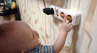 Как самостоятельно сделать заглушку для розетки