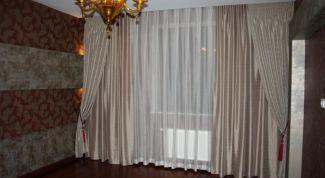 Как подобрать шторы к интерьеру гостиной