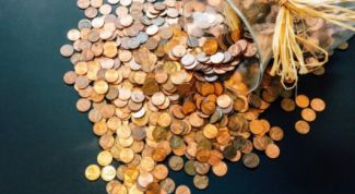 Сколько 10-ти рублевых монет входит в трехлитровую банку