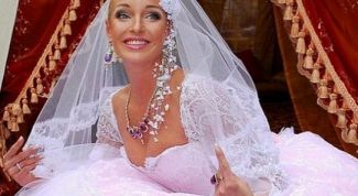 За кого выходит замуж Анастасия Волочкова