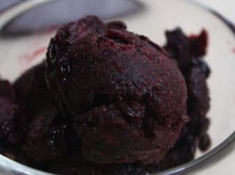 How to make blackcurrant sorbet