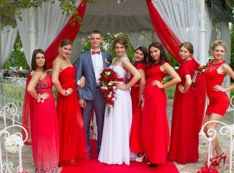 Как оформить свадьбу в красном стиле