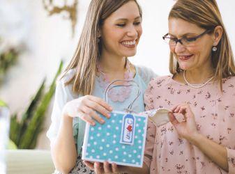 Идеи подарков для мамы на Новый Год