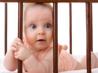 Как решить проблемы засыпания у ребенка