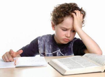 Дислексия у ребенка: причины, признаки, диагностика и помощь