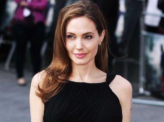 Актриса Анджелина Джоли: биография, фильмография, личная жизнь, интересные факты