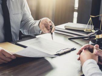 Увольнение: как расстаться с сотрудником без негатива