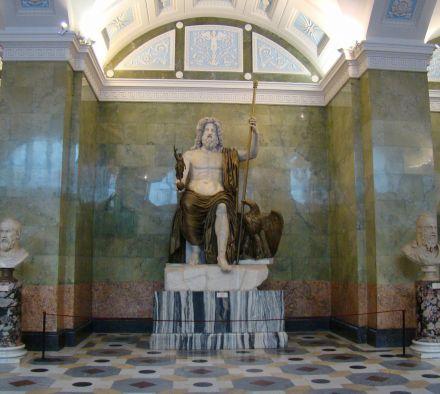 Как оформлены выставочные залы Эрмитажа