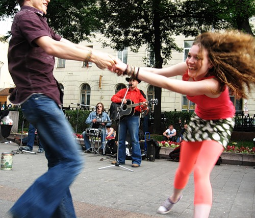 Как научиться танцевать рок-н-ролл