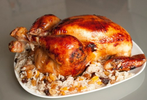 Как запечь курицу с рисом в духовке
