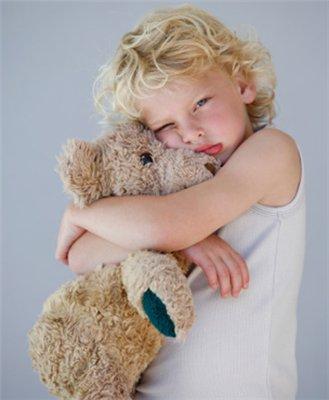 Плюшевый мишка – любимая игрушка большинства детей.