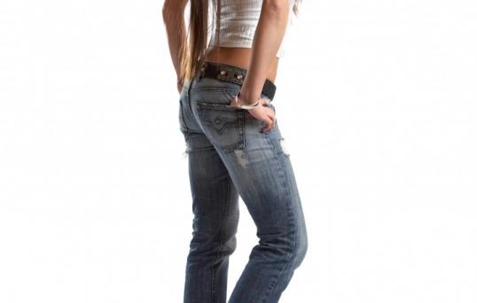 Для начала ушейте джинсы по талии