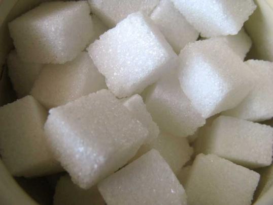 Сахар в крови при диабете необходимо держать под строгим контролем.