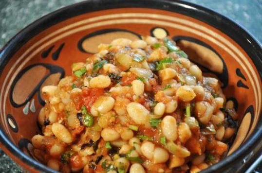 Лобио - одно из древнейших блюд грузинской кухни.
