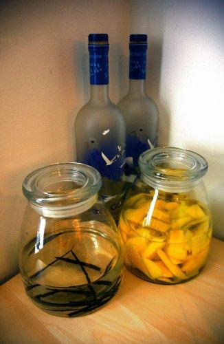 Используйте только качественное сырьё для приготовления водки в домашних условиях.