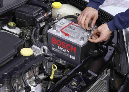 Как подключить автомобильный аккумулятор