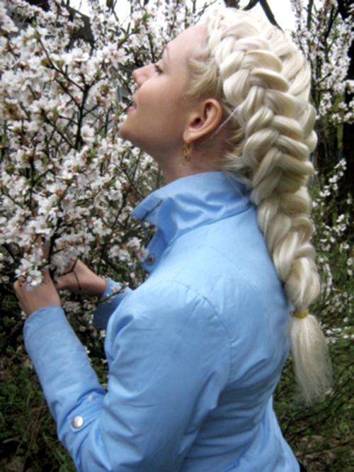 Как научиться заплетать косу