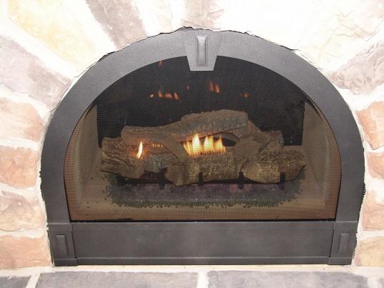 Старую печь можно отделать быстро и без особого труда.