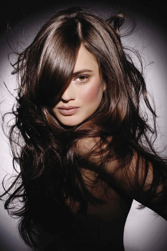 Как убрать черный цвет волос
