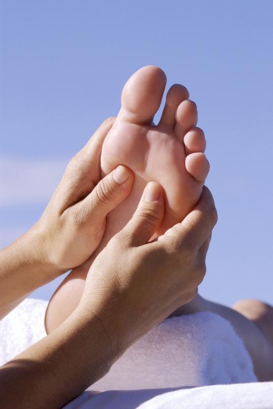 Как лечить косточки на большом пальце
