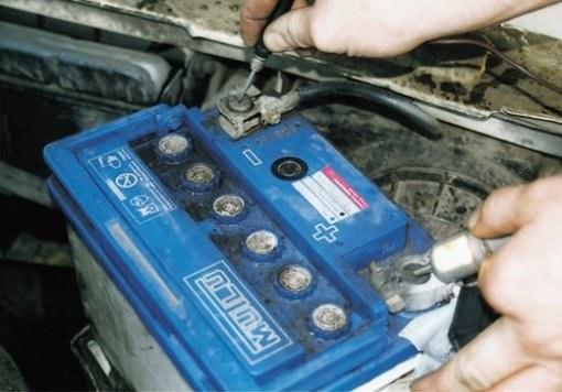 Ремонт автомобильного аккумулятора