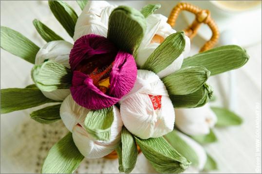 Как делать розы своими руками из гофрированной