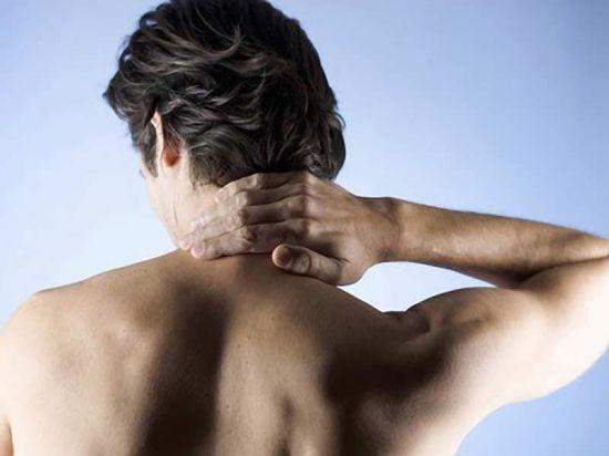 Может ли при шейном остеохондрозе припухать шея