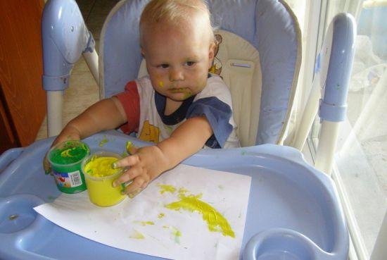 Пальчиковые краски для малышей до года своими руками 73