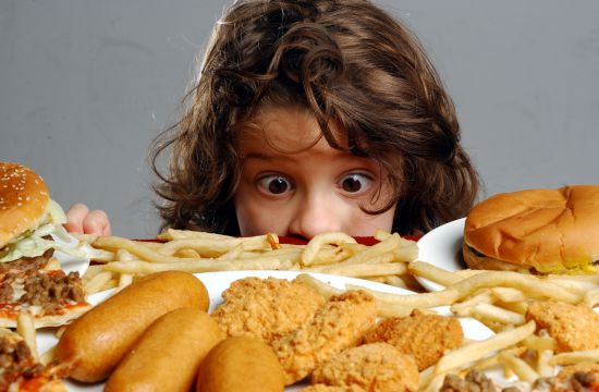 стала больше есть и похудела