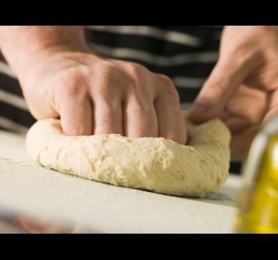 Приготовление пиццы при домашних условиях