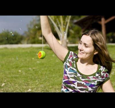How to make a toy yo-yo