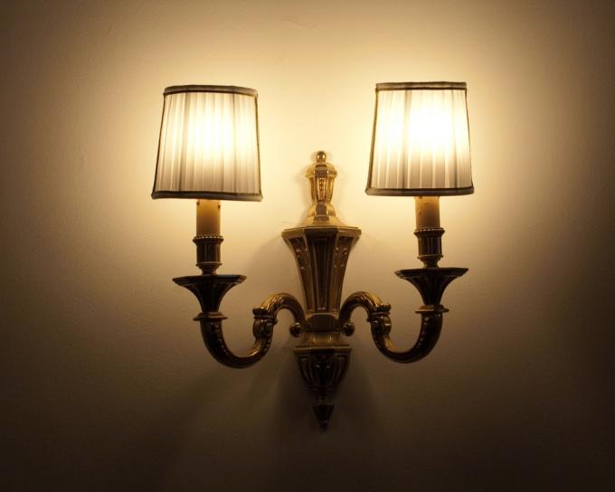 Как установить светильник