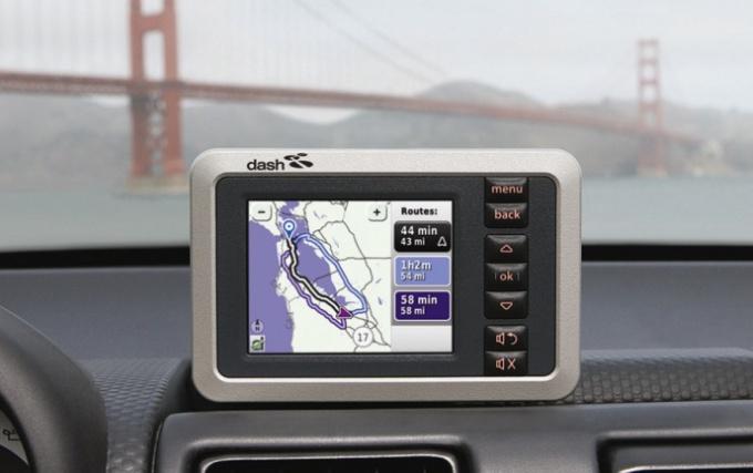 Как установить навигатор в автомобиль