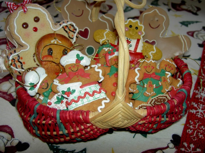 How to paint gingerbread