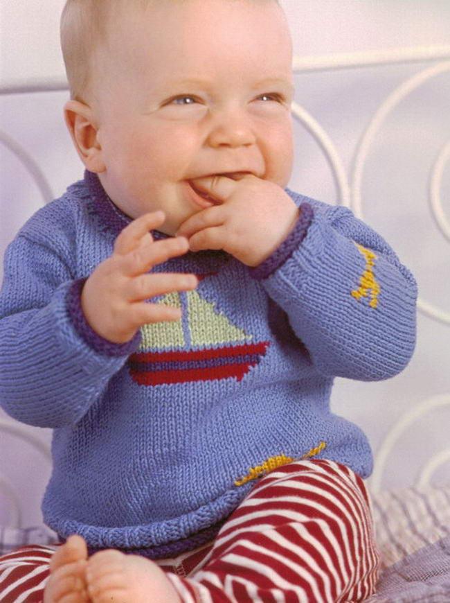 Как связать малышу свитер