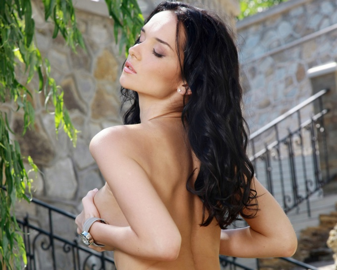 Как сделать грудь красивой и упругой